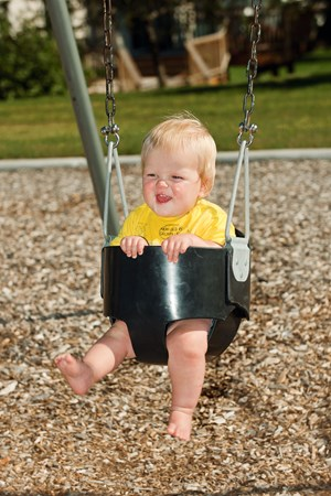 Full Bucket Infant Seat w/Chains
