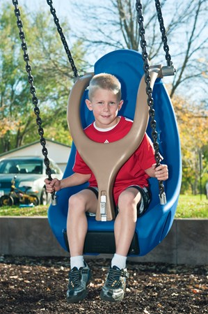Molded Bucket Seat (5-12 yrs) w/Harness and w/Chains