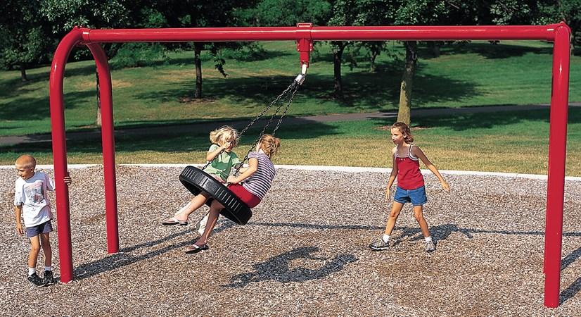 Arch Tire Swing
